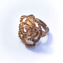 Кольцо желтое с коричневыми стразами № 57