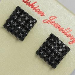 Серьги№105 квадратик с черными камнями