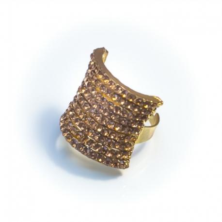 Кольцо№152 желтое крадратной формы со стразами