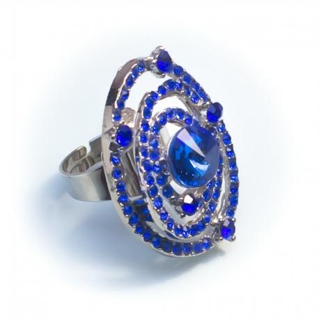 Кольцо№155 белое с синими стразами