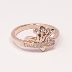 Кольцо Аэлина№121 под золото с белыми стразами ,размерное