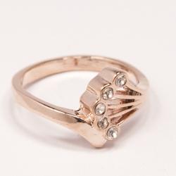 Кольцо Аэлина№112 под золото с белыми стразами ,размерное