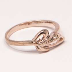 Кольцо Аэлина№110 под золото с белыми стразами ,размерное