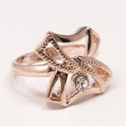 Кольцо Аэлина№101 под золото с белыми стразами ,размерное