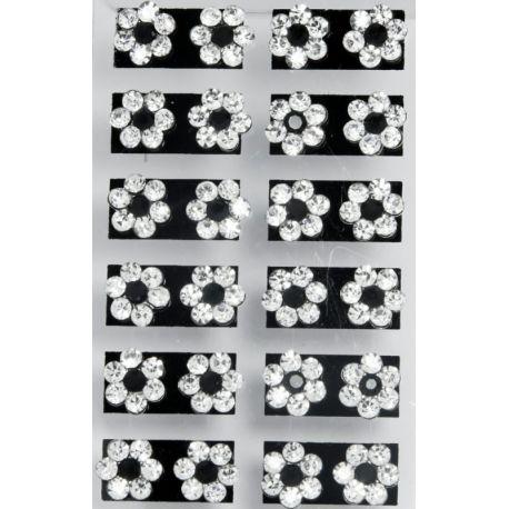 Гвоздики№67 цветочки из белых страз с черным камнем посередине