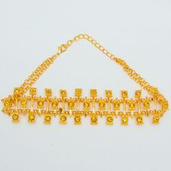 Подвеска№1893 чекер на металле под золото с мелкими стразами оптом