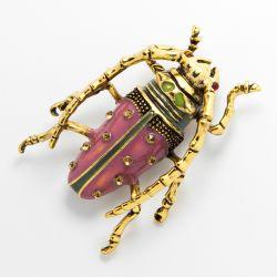 Брошь№560 оптом в форме жука со стразами.