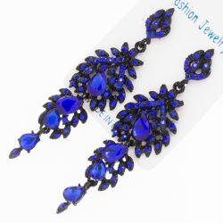 Серьги№2081 оптом синие стразы на черном металле ажурные