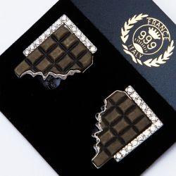 Серьги№2278 коричневые вставки на белом металле оптом