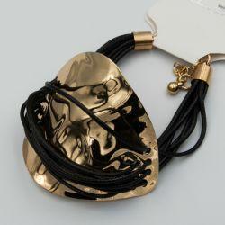 Браслет№1090 оптом черный каучук со вставкой под золото.