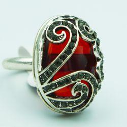 Кольцо№163 с большим красным камнем бижутерия оптом.
