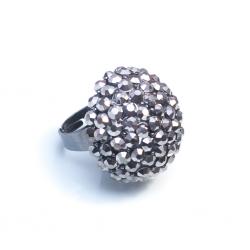 Кольцо с белыми камнями№1