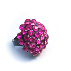 Кольцо с малиновыми камнями№4