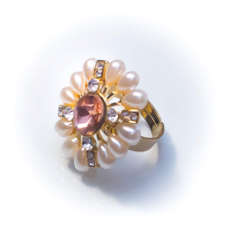 Кольцо с жемчужинами с розовым камнем № 47