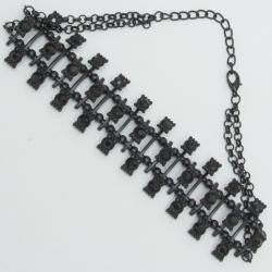 Чекер№1110 оригинальный с черными стразами на темной основе