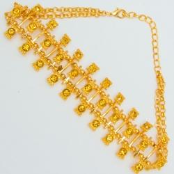 Чекер№1112 с золотыми стразами на основе под золото