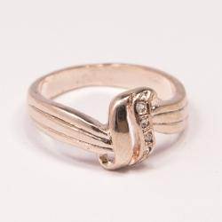 Кольцо Аэлина№124 под золото с белыми стразами ,размерное