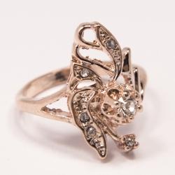 Кольцо Аэлина№92 шикарное под золото с белыми стразами
