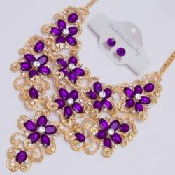 Подвеска№1382 фиолетовые цветы на металле под золото